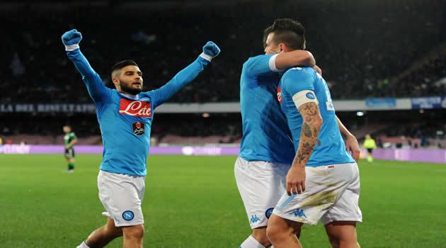 Napoli - Sassuolo - Insigne Higuain Hamsik esultano al gol del 2-1