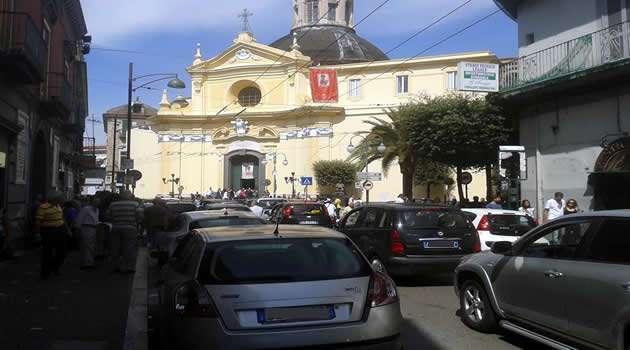 Piazza Santo Stefano traffico
