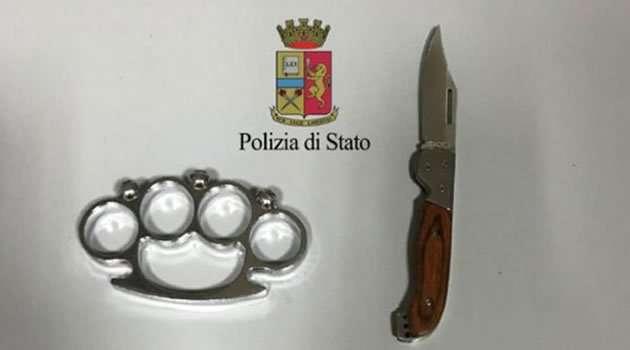 Tirapugni e coltello