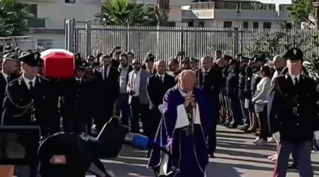 Giugliano - funerale Pierluigi Rotta