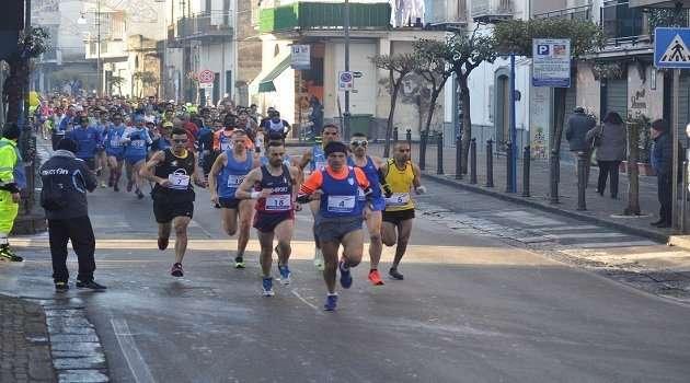 La partenza della 19^ Maratonina Città di Sant'Antonio Abate