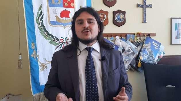 Bacoli: attacco intimidatorio al Sindaco di Bacoli durante il consiglio comunale