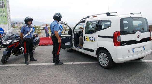 taxi controllo abusivi